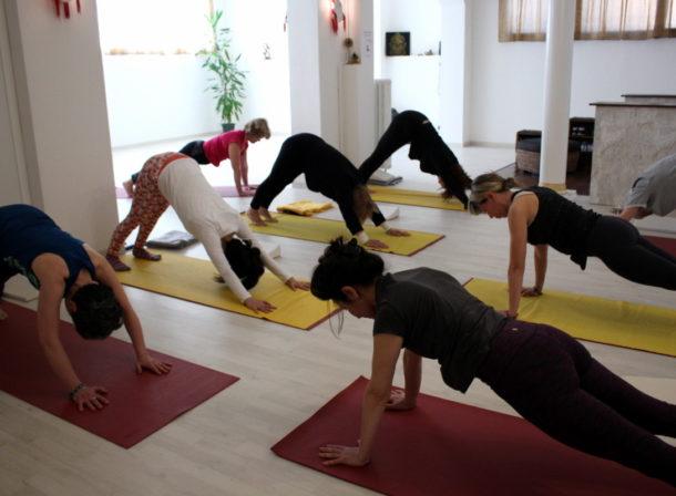 Ore 10,30 lezione di Yoga al Samyayoga